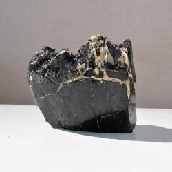 Tourmaline noire pierre brute T2