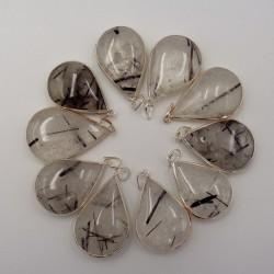 Pendentif goutte Cristal de roche à inclusion de tourmaline et argent