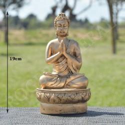 Bouddha de la prière en résine, couleur or