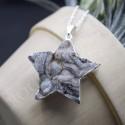 Pendentif fleur de Calcédoine forme Etoile