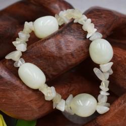 Bracelet Jade baroque et pierres roulées