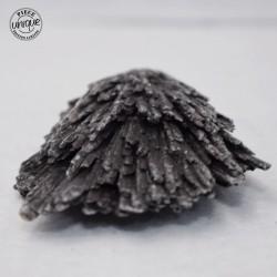 Cyanite noire brute CYB6