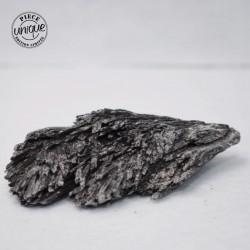 Cyanite noire brute CYB7