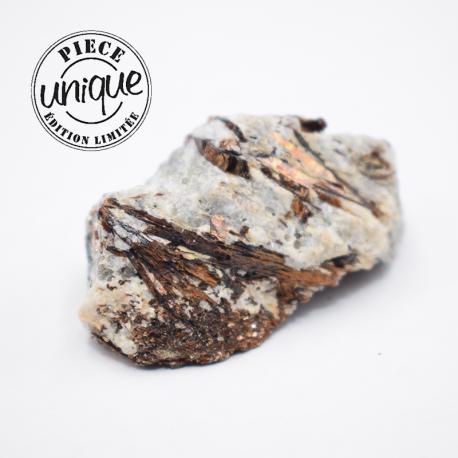 Astrophyllite pierre brute 5