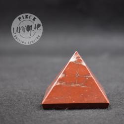 Pyramide Jaspe rouge PJR02