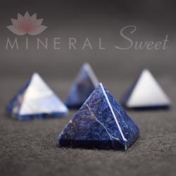 Pyramide Sodalite 3cm