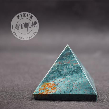 Jaspe sanguin pyramide PJS5